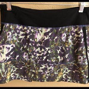 Dresses & Skirts - LULULEMON TENNIS SKIRT 6 TALL